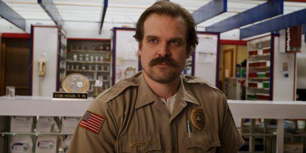 stranger-things-3-hopper-pharmacy-uniform
