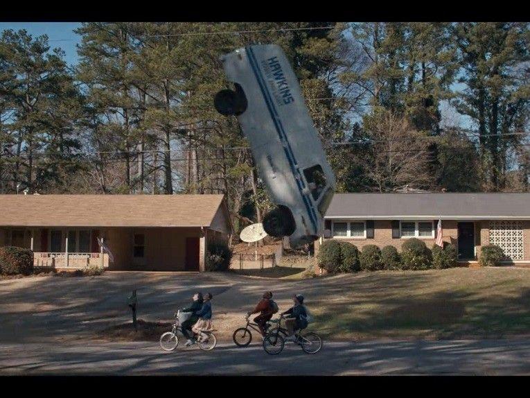 stranger-things-bikes-van-flip