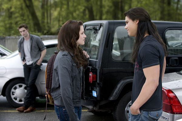 The Twilight Saga New Moon movie image Kristen Stewart, Robert Pattinson and Taylor Lautner