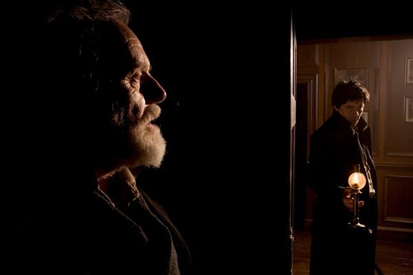 The Wolfman movie image Anthony Hopkins and Benicio Del Toro