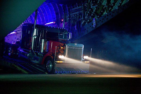 transformers-revenge-of-the-fallen-movie-image-22.jpg