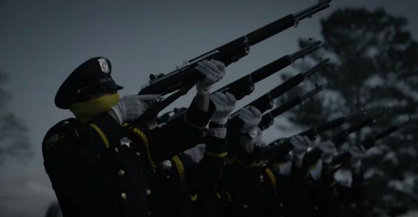 watchmen-hbo-yellow-cops