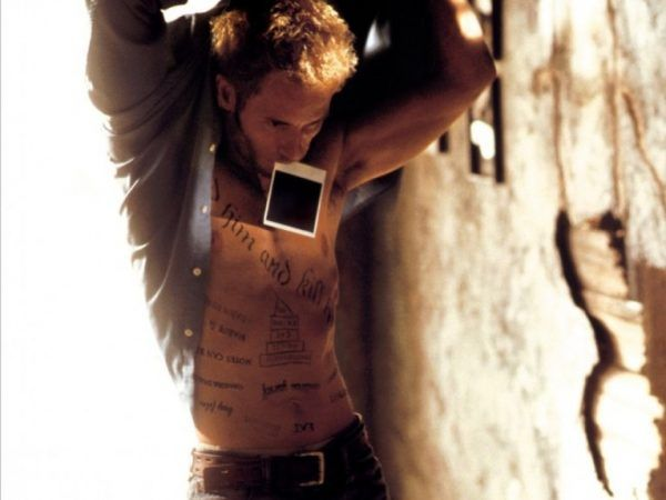 memento-guy-pearce