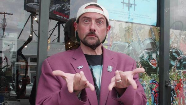 kevin-smith-comic-book-shopping-1