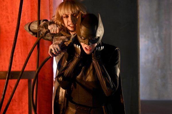 batwoman-rachel-skarsten-ruby-rose
