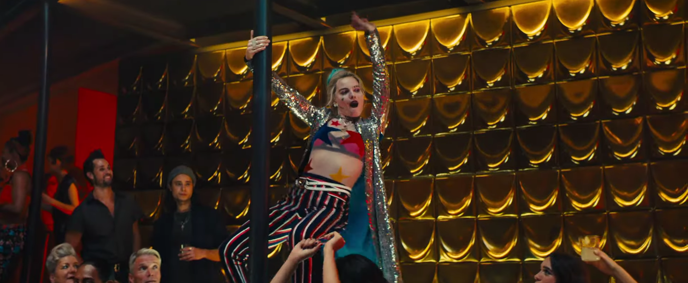 Birds Of Prey Harley Quinn S Costume Designer On Her New Look Collider
