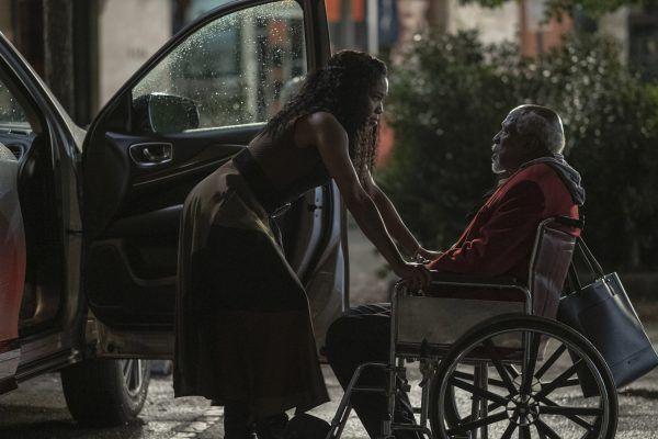 louis-gossett-jr-regina-king-wheelchair-watchmen