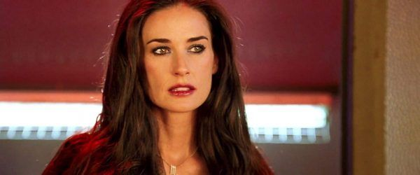 charlies-angels-full-throttle-demi-moore-02