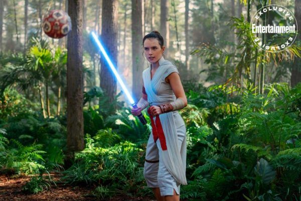 star-wars-the-rise-of-skywalker-rey-ew