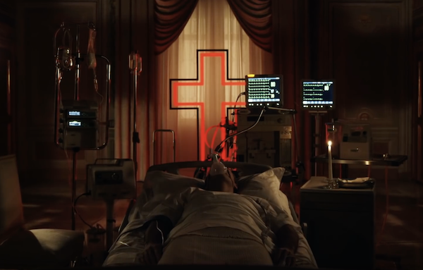 the-new-pope-jude-law-hospital-bed