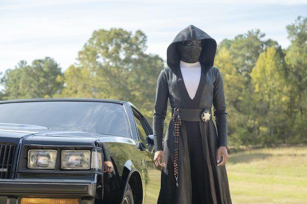 watchmen-regina-king-sister-knight-car