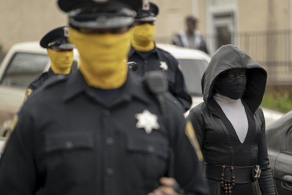 watchmen-regina-king-sister-knight-police