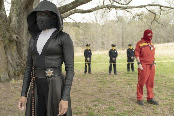 watchmen-regina-king-sister-knight-police-red