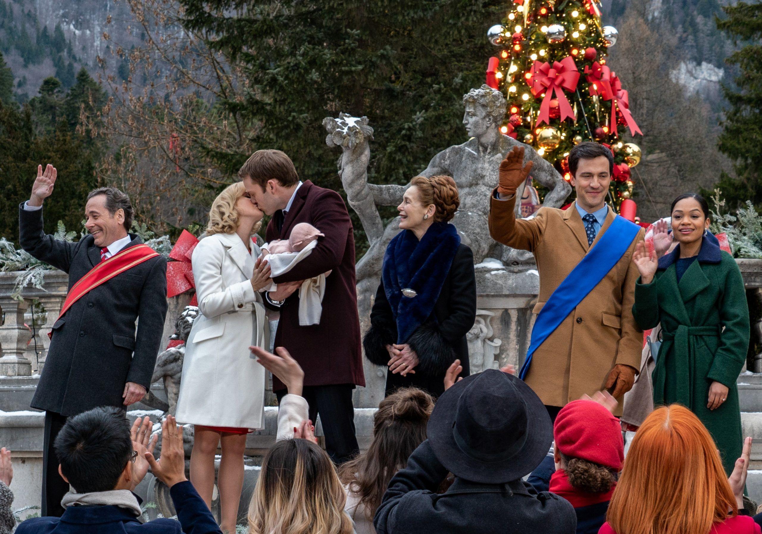 A Christmas Prince 3 Stars Rose McIver & Ben Lamb on the Netflix Franchise | Collider