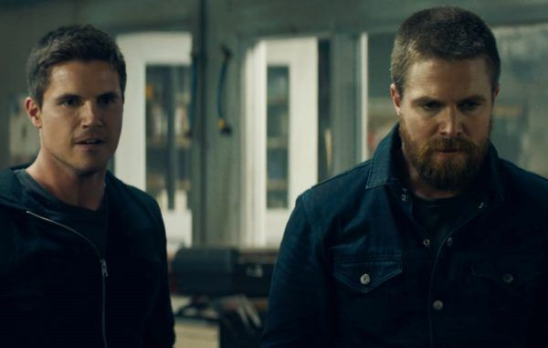 Robbie Amell, Stephen Amell in Code 8