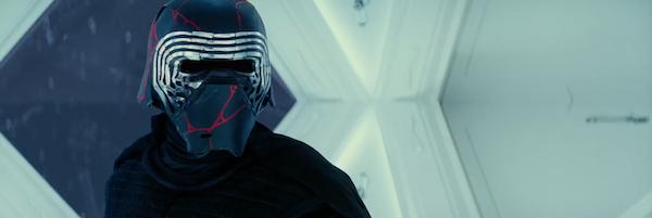 rise-of-skywalker-kylo-ren-helmet-slice