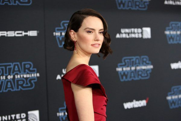star-wars-rise-of-skywalker-premiere-daisy-ridley