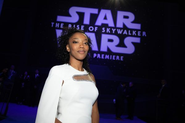 star-wars-rise-of-skywalker-premiere-naomi-ackie