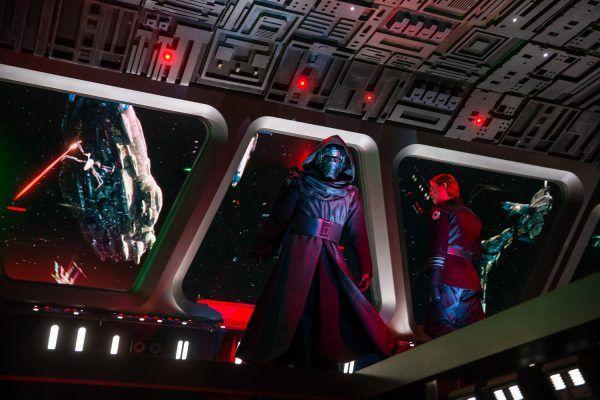 star-wars-rise-of-the-resistance-ride-image-kylo-ren-animatronic