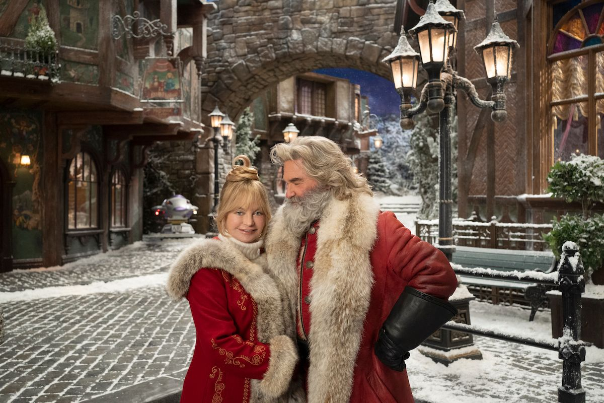 Christmas Chronicles 2 Image Has Kurt Russell and Goldie ...