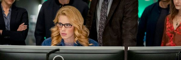 arrow-finale-emily-bett-rickards-slice