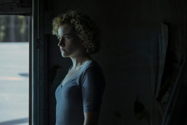 ozark-season-3-julia-garner