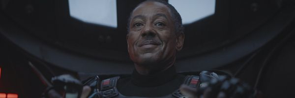 the-mandalorian-giancarlo-esposito-slice