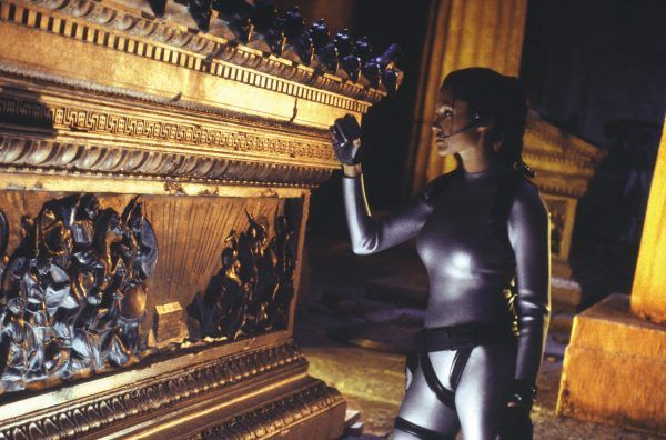 lara-croft-tomb-raider-the-cradle-of-life-angelina-jolie