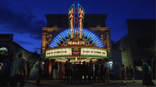 movie-theaters-close-new-york-los-angeles-coronavirus