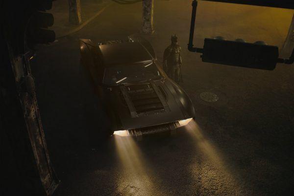 the-batman-batmobile-2