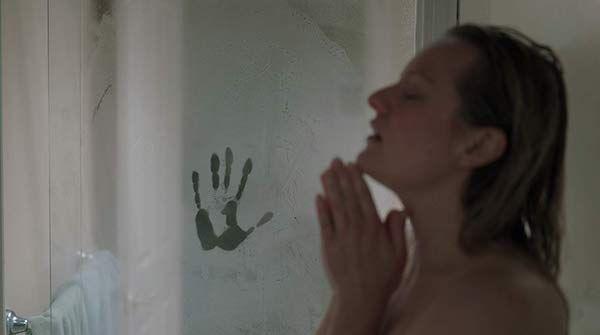 the-invisible-man-elisabeth-moss-handprint