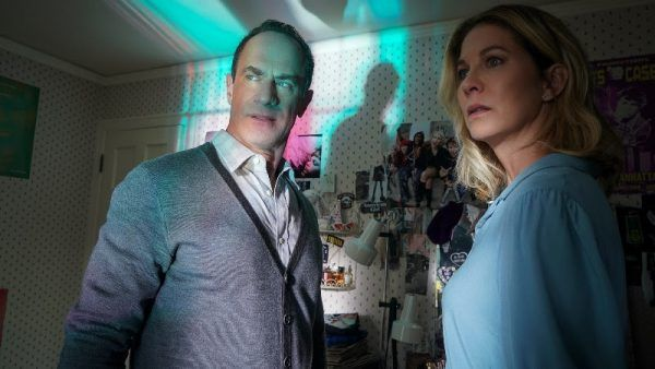 twilight-zone-season-2-christopher-meloni-jenna-elfman