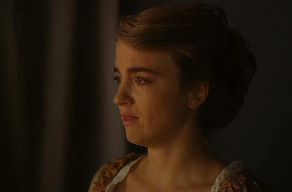 portrait-of-a-lady-on-fire-haenel-tear