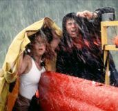 twister-helen-hunt-bill-paxton-hail-thumbnail