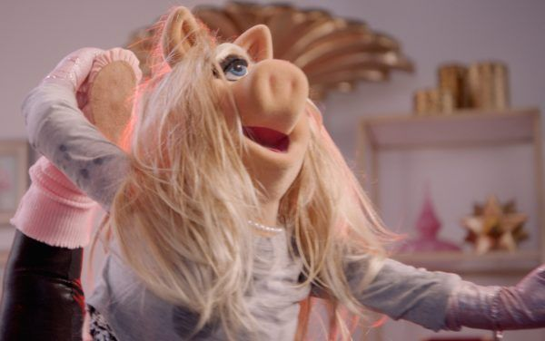 muppets-now-miss-piggy-02