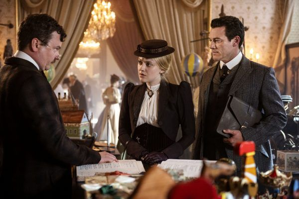 the-alienist-angel-of-darkness-dakota-fanning-luke-evans