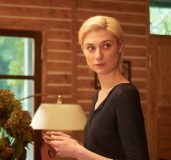 the-burnt-orange-heresy-elizabeth-debicki-thumbnail