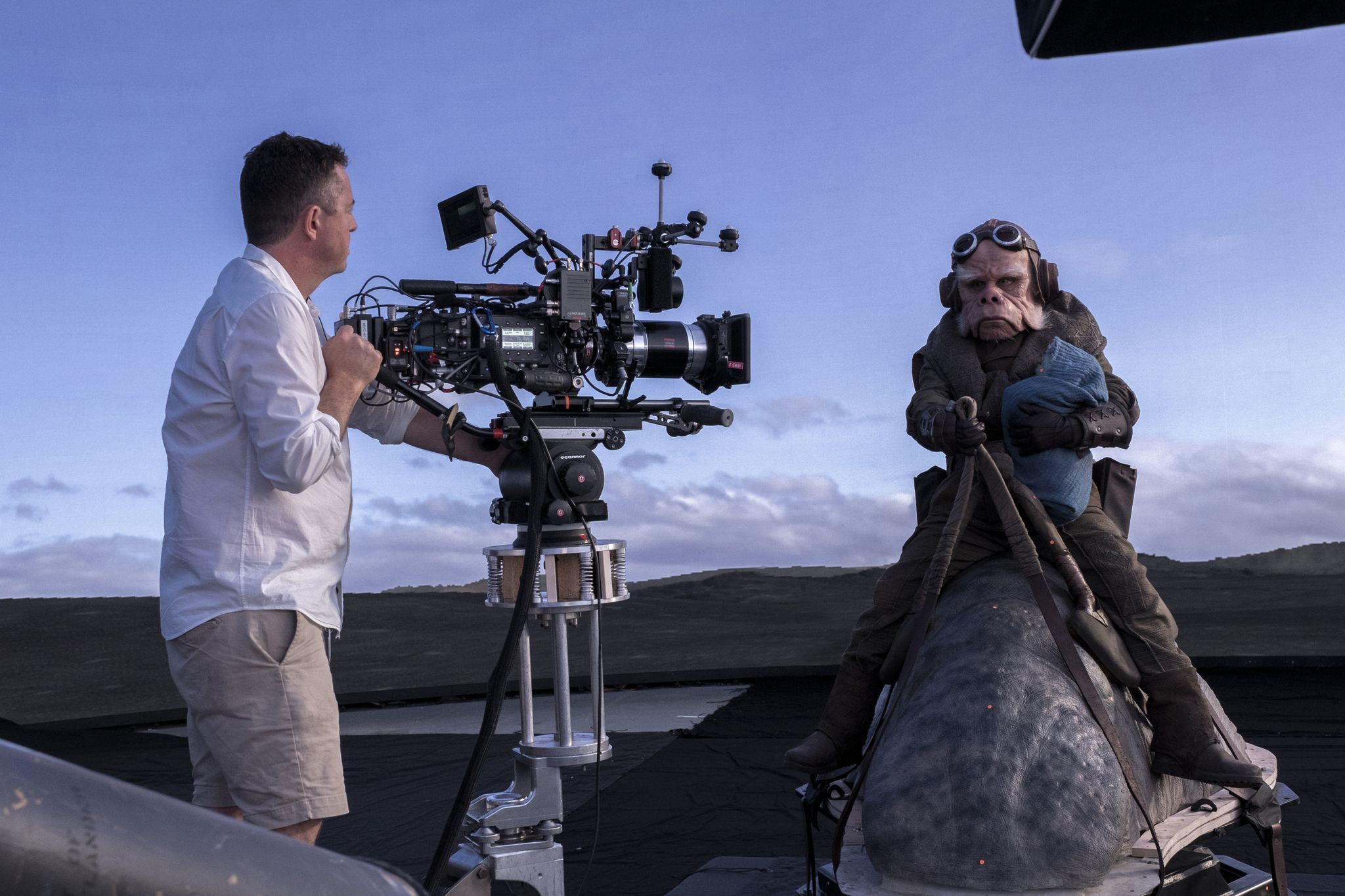 The Mandalorian Cinematographer Greig Fraser on the Show's Technology   Collider