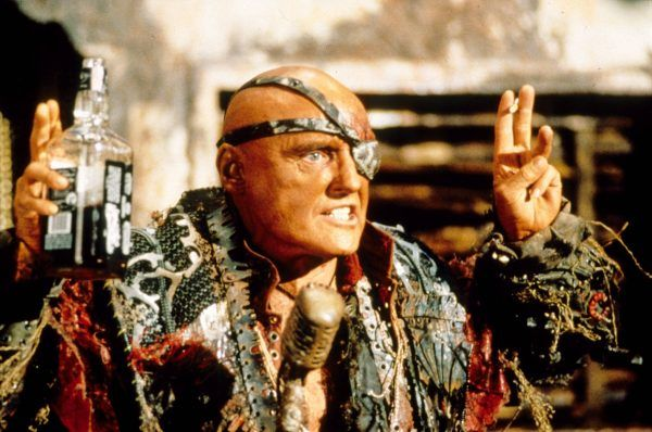 waterworld-dennis-hopper