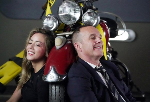 agents-of-shield-chloe-bennet-clark-gregg-02