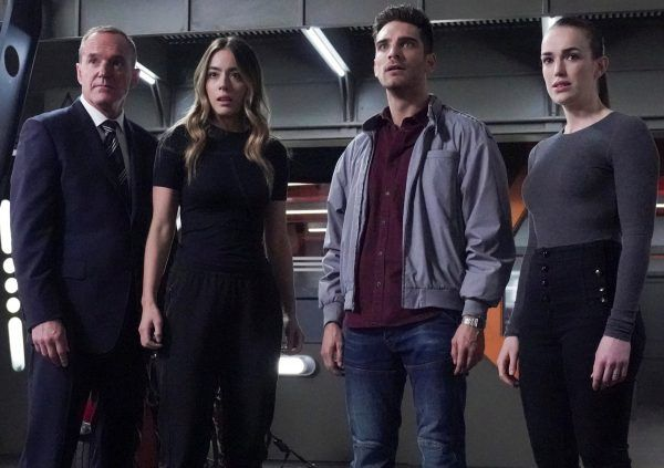 agents-of-shield-chloe-bennet-clark-gregg-elizabeth-henstridge-jeff-ward