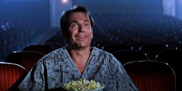 sam-neill-in-the-mouth-of-madness