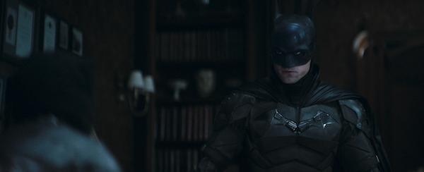 the-batman-batsuit-lightened-selina-kyle-fight