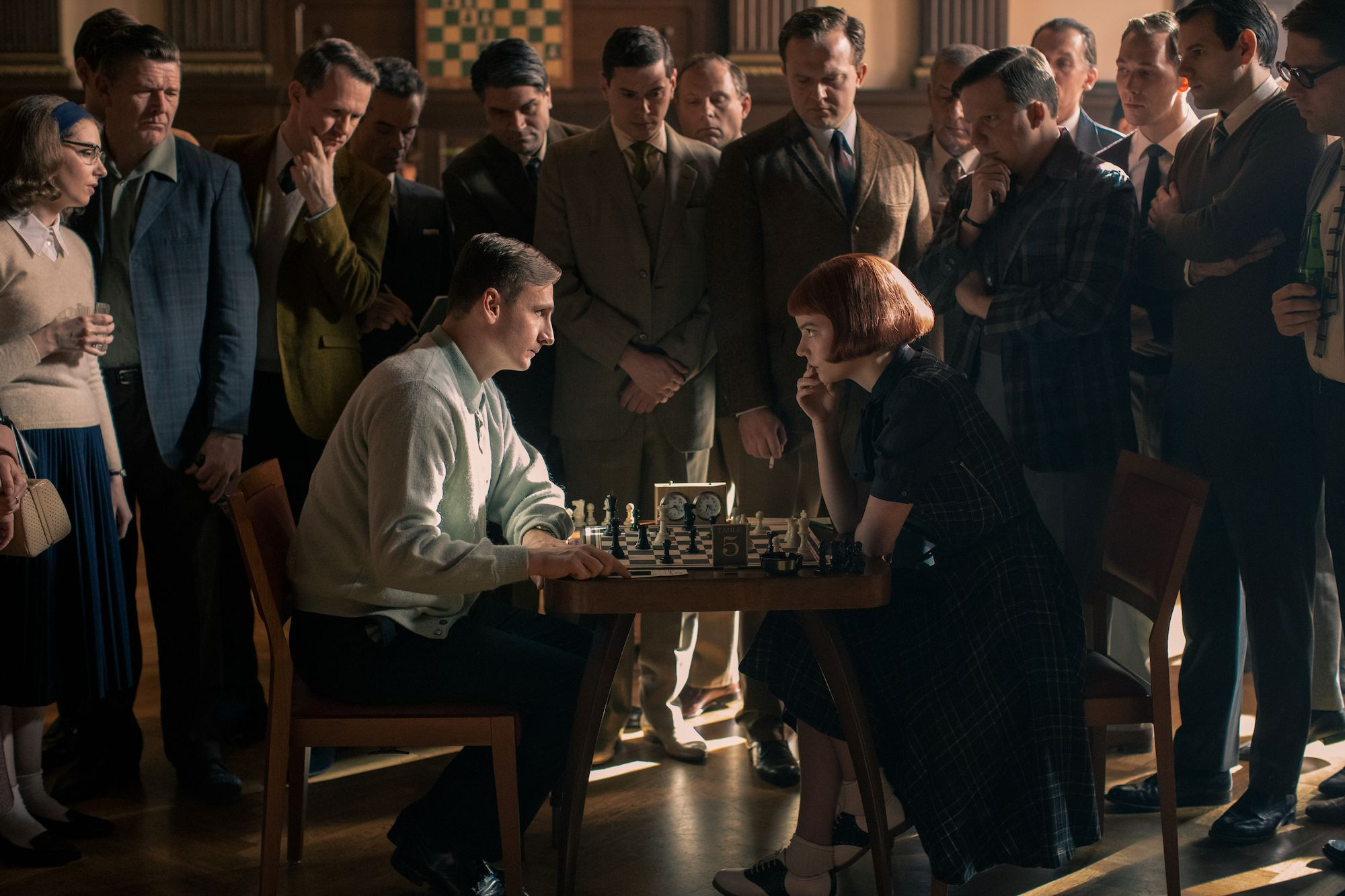 The Queen's Gambit Trailer Teases Netflix Drama About Chess Prodigy |  Collider