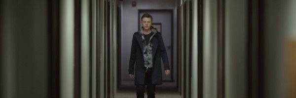 the-stranger-dane-dehaan-hallway-slice