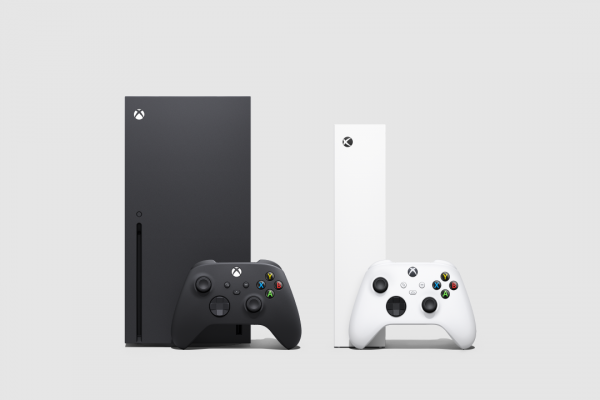 microsoft-xbox-series-x-xbox-series-s-with-controllers