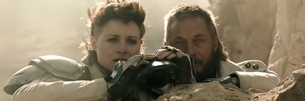What It's Like to Be Directed by Ridley Scott, According to Travis Fimmel  and Niamh Algar | Collider