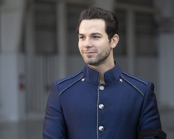 secret-society-of-second-born-royals-skylar-astin