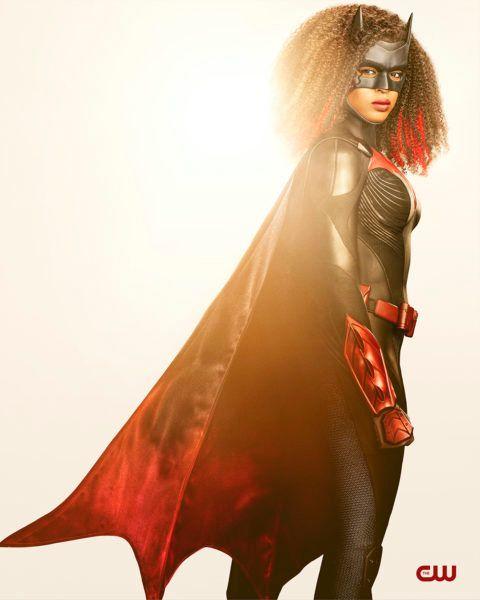 batwoman-javicia-leslie-costume-1