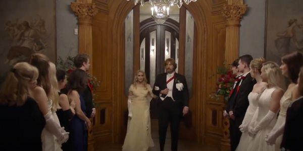 borat-suite-moviefilm-sacha-baron-cohen-maria-bakalova-2